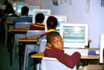A Liberdade de uso da Internet desce em Angola